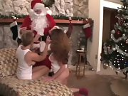 2 super-steamy cougars get a bounty from santa
